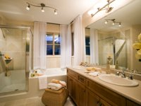 Residential Maid Service in Arlington, Texas | The Pampered House - bathroom
